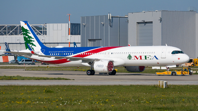 D-AZAG - Airbus A321-271NX - Middle East Airlines (MEA)