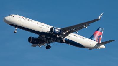 A picture of N343DN - Airbus A321211 - Delta Air Lines - © Yan777