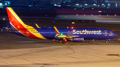 A picture of N8642E - Boeing 7378H4 - Southwest Airlines - © Davin Amy