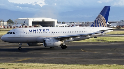 N809UA - Airbus A319-131 - United Airlines