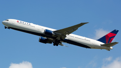 A picture of N832MH - Boeing 767432(ER) - Delta Air Lines - © Chris Pitchacaren