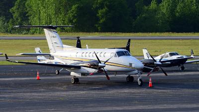 C-FMUN - Beechcraft B300 King Air 350 - Provincial Airlines