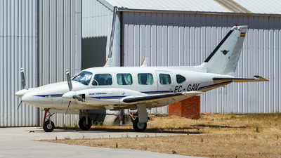 EC-GAV - Piper PA-31-310 Navajo - Private