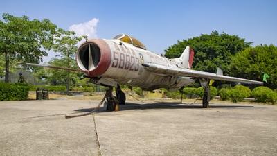 58823 - Shenyang J-6 - China - Air Force