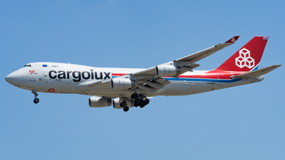 A picture of LXWCV - Boeing 7474R7(F) - Cargolux - © Haocheng Fang