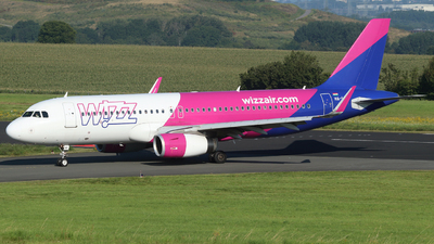 A picture of HALWU - Airbus A320232 - Wizz Air - © Sascha Kamrau