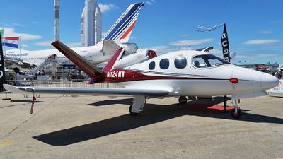 N124MW - Cirrus Vision SF50 - Private