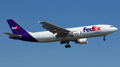 A picture of N730FD - Airbus A300B4622R(F) - FedEx - © Cary Liao