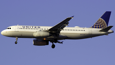 A picture of N477UA - Airbus A320232 - United Airlines - © Andrew Seong