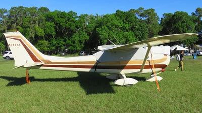 A picture of N79255 - Cessna 172K Skyhawk - [17258002] - © Orlando Suarez