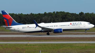 A picture of N806DN - Boeing 737932(ER) - Delta Air Lines - © Jason Whitebird