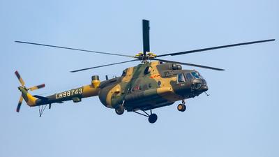 LH98743 - Mil Mi-171C - China - Army