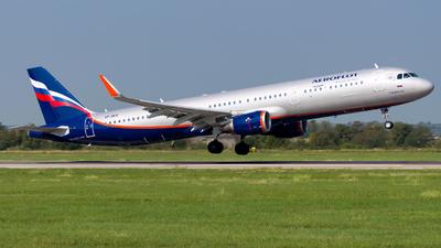 VP-BKQ - Airbus A321-211 - Aeroflot