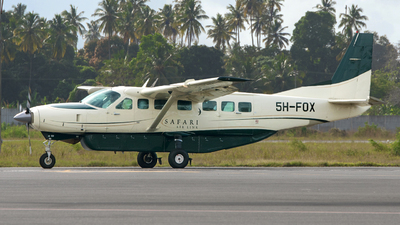 5H-FOX - Cessna 208B Grand Caravan - Fly Safari Airlink