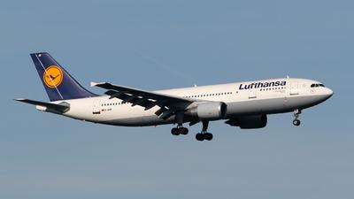 D-AIAT - Airbus A300B4-603 - Lufthansa