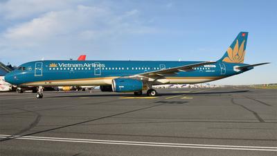 ES-MAG - Airbus A321-231 - Vietnam Airlines