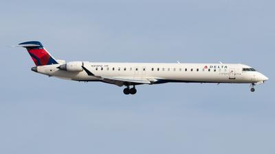 A picture of N313PQ - Mitsubishi CRJ900LR - Delta Air Lines - © Zavier Cordova