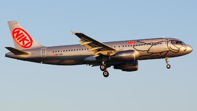 OE-LEH - Airbus A320-214 - Niki