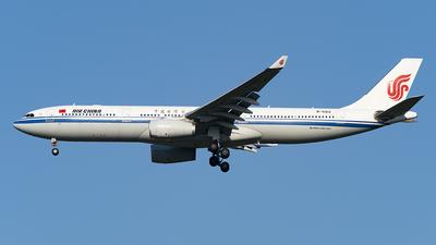 B-5912 - Airbus A330-343 - Air China