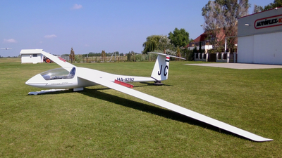 HA-4282 - Schempp-Hirth Cirrus - Private