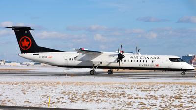 A picture of CGKUK - De Havilland Canada Dash 8400 - Air Canada - © Aaron Miles