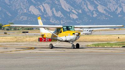 A picture of N25430 - Cessna 152 - [15280654] - © HA-KLS
