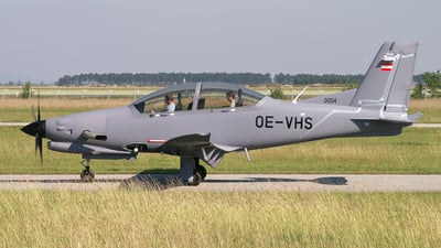 OE-VHS - Diamond Aircraft DART-450 - Diamond Aircraft Industries