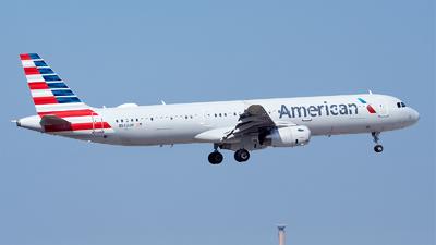 N543UW - Airbus A321-231 - American Airlines