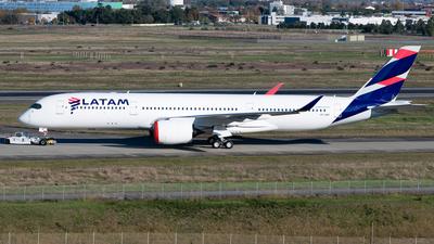 A7-AQC - Airbus A350-941 - Qatar Airways (LATAM Airlines)