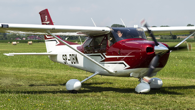 SP-DBM - Cessna 182T Skylane - Private