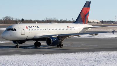 A picture of N332NB - Airbus A319114 - Delta Air Lines - © Mike MacKinnon