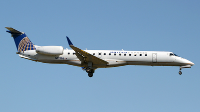 N17196 - Embraer ERJ-145XR - United Express (ExpressJet Airlines)