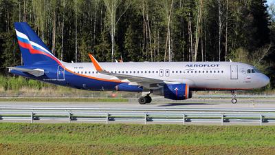 A picture of VQBSI - Airbus A320214 - Aeroflot - © BizavMen
