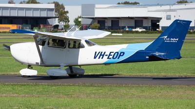 A picture of VHEOP - Cessna 172S Skyhawk SP - [172S10022] - © Michael Demura