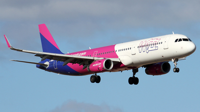 G-WUKH - Airbus A321-231 - Wizz Air UK