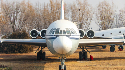 B-2024 - Ilyushin IL-62 - Civil Aviation Administration of China (CAAC)