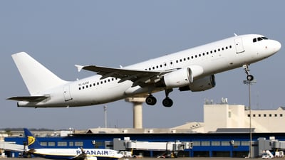 YL-LCU - Airbus A320-214 - SmartLynx Airlines