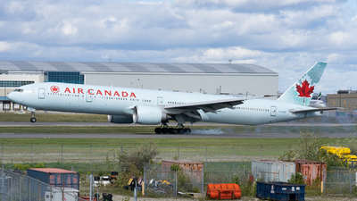A picture of CFRAM - Boeing 777333(ER) - Air Canada - © Bowen