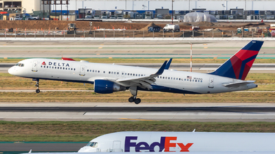 A picture of N544US - Boeing 757251 - Delta Air Lines - © Sweet Potato