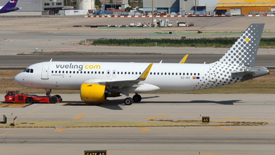 A picture of ECNIY - Airbus A320271N - Vueling - © Marcel Schmidt