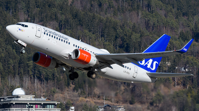 A picture of LNRRA - Boeing 737783 - SAS - © Tiny witch