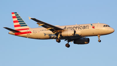 A picture of N651AW - Airbus A320232 - American Airlines - © Sam DeBartolo