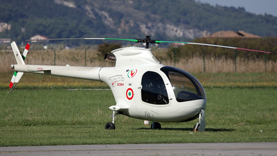 I-C690 - Fama Elicopter-Kiss 209M - Private