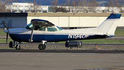 N1940F - Cessna 172N Skyhawk - Private