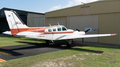 VH-JML - Beechcraft 58 Baron - Private