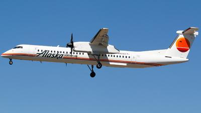 A picture of N421QX - De Havilland Canada Dash 8400 - Alaska Airlines - © Alec Mollenhauer