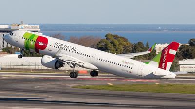 A picture of CSTJI - Airbus A321251N - TAP Air Portugal - © Marta Costa