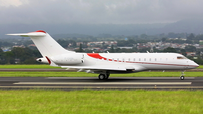 M-CVGL - Bombardier BD-700-1A11 Global 5000 - Private