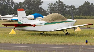VH-UQX - AESL Airtourer 115 - Private