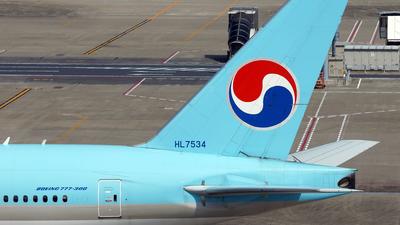 HL7534 - Boeing 777-3B5 - Korean Air
